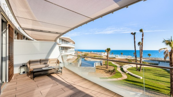 4 Bedroom Apartment For Sale, Estepona