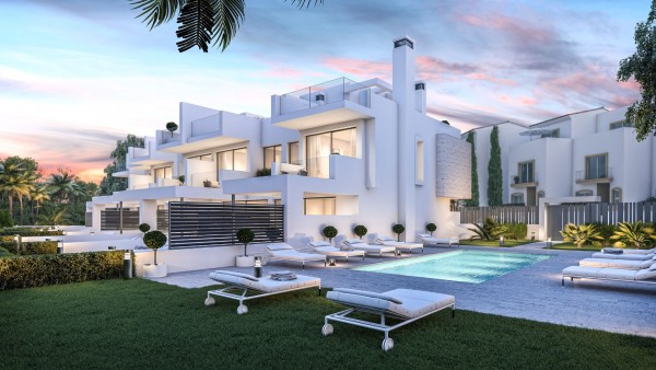 3 Bedroom Townhouse For Sale, Estepona