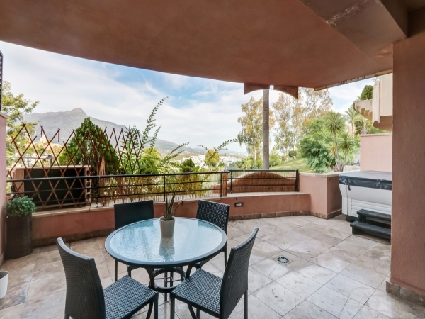 2 Bedroom Apartment For Sale, Nueva Andalucía