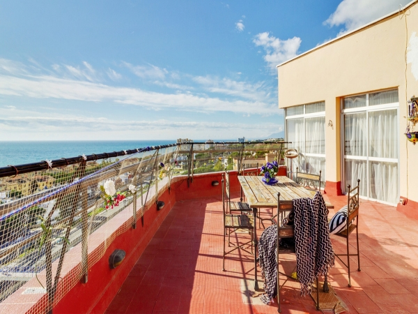 2 Bedroom Apartment For Sale, Calahonda